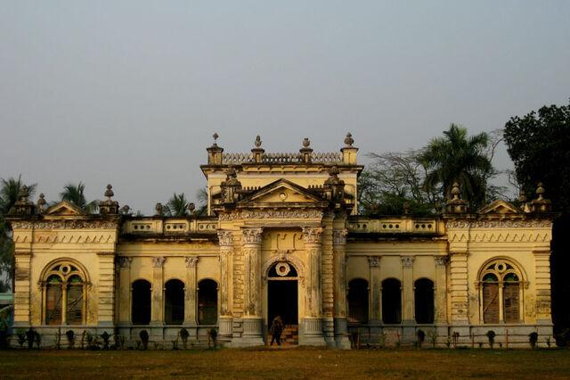 File:RealWorld Natore Palace.jpg