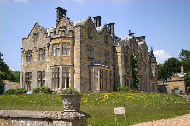 File:RealWorld Scotney Castle.jpg