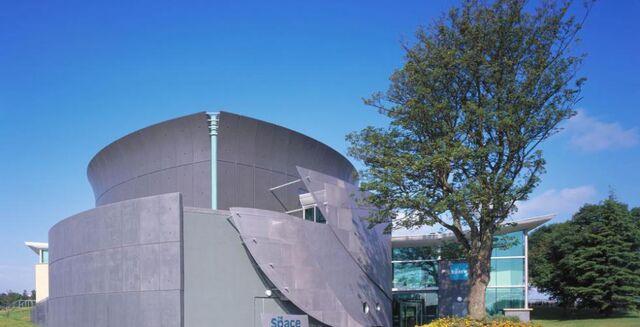 File:RealWorld Scottish Modern Dance School.jpg