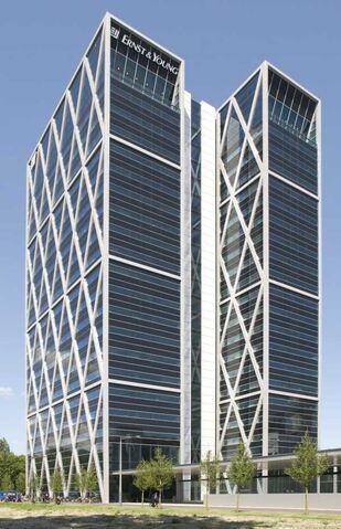 File:RealWorld Vivaldi Tower.jpg