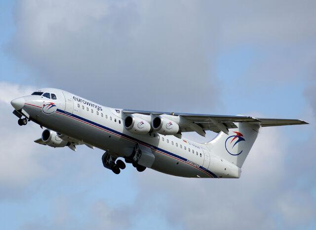 File:RealWorld Turboprop Airplane.jpg
