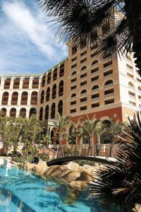File:RealWorld Monte Carlo Hotel.jpg