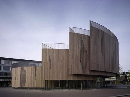 File:RealWorld Roosendaal Market Square Pavilion.jpg
