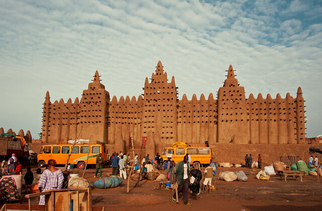 File:Great Mosque of Djenné.jpg
