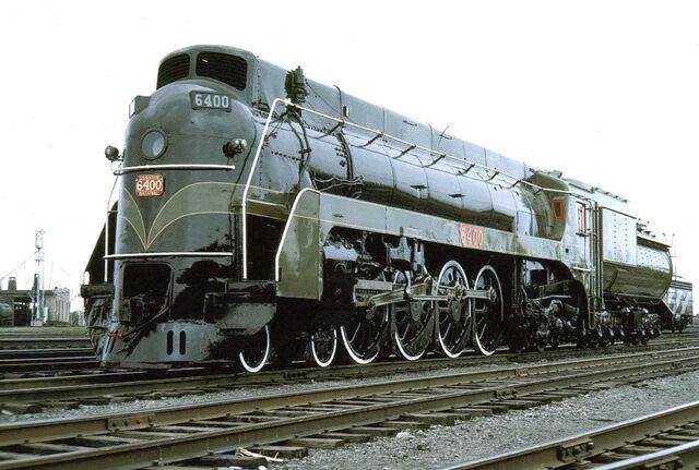 File:RealWorld Confederation Locomotive Arch.jpg