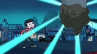 S2E19 Marco Diaz sees the coffin start to glow