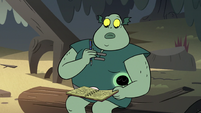S2E20 One of Buff Frog's tadpoles cuddles close to him