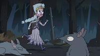 S3E1 Queen Moon runs after the MHC's bodies