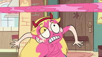 S2E11 Star Butterfly dodging the cake spit