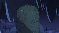 S2E27 Large cemetery object covered in moss