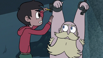S3E6 Marco Diaz unlocks River Butterfly's shackles