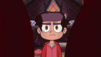 S2E19 Curtain pulling back in front of Marco Diaz