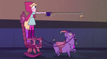 S2E23 Star Butterfly makes a pull chariot with Lil Chauncey