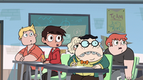 S2E16 Skullnick's students looking at Star Butterfly