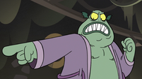 S3E5 Buff Frog points his finger at Star Butterfly