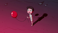 S2E4 Marco with a weak red balloon