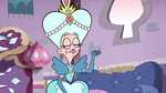S2E40 Queen Moon 'light and fluffy'