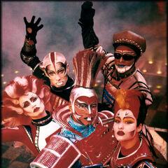 Chris Copeland (center) as Electra in London, 2001