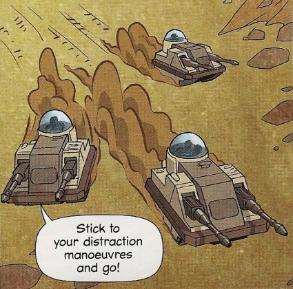 File:Three cute tanks.jpg