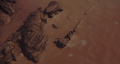 Jedha fallen statue.png