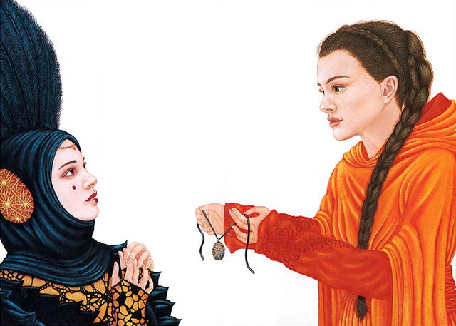 File:Amidala lends her amulet to Sabe.png