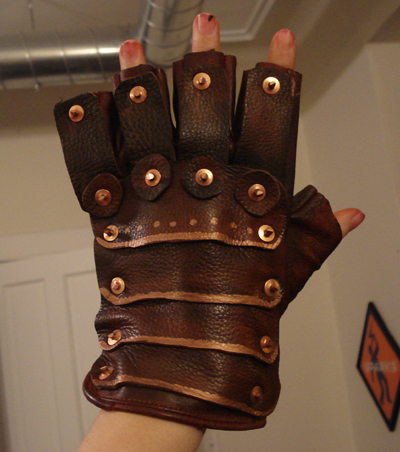 File:Steampunk-gloves 04.jpg