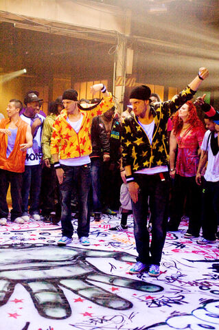 File:Step up 3d 2010 632x950 390408.jpg
