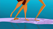 S1 E8 Fin stomps on Reef's foot