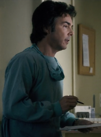 File:Ep4-Morgue Worker.png