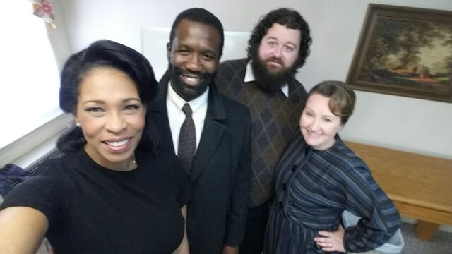 File:Sinclair and Henderson Family BTS.jpg