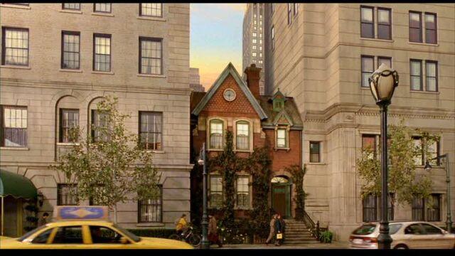 File:Stuart-little-house-exterior3.jpg