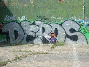Deros