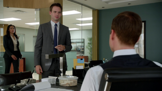 File:S01E05P036 Mike.png