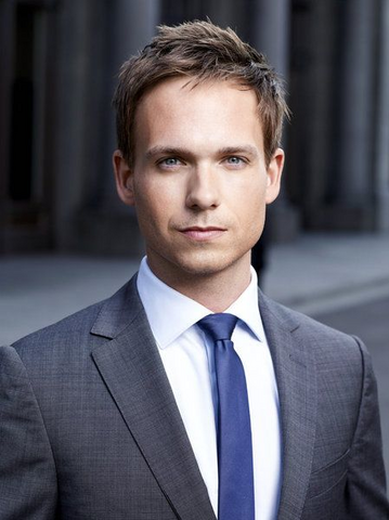 File:Characters mike ross usa network gallery khaki shirt 03.png