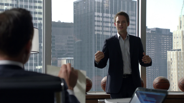 File:S01E02P066 Mike.png
