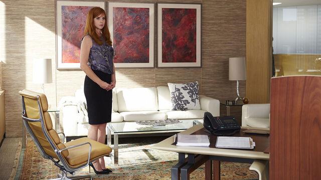 File:S04E13Promo07 - Donna.jpg
