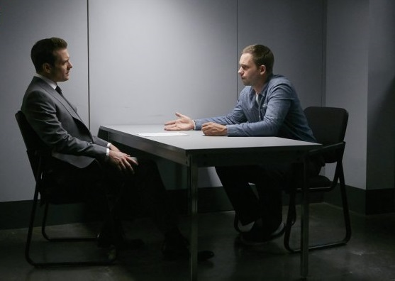 File:S06E09Promo08 - Harvey Mike.jpg
