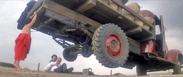 File:Truck Lift.jpg