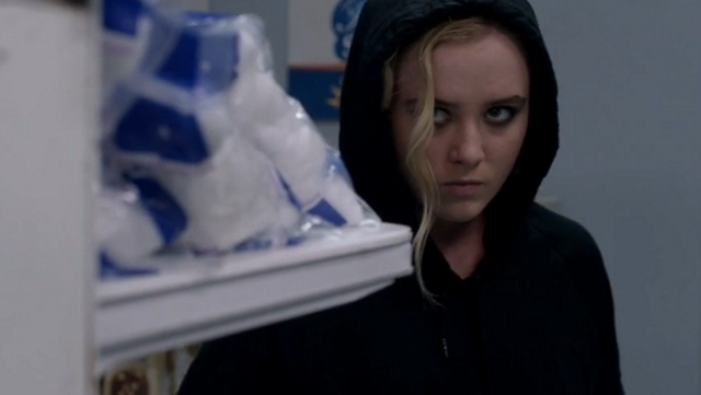 File:Claire preparing to rob a store for Randy 3.PNG