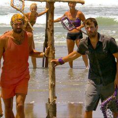 Grant vs. Mike in Beachballs.