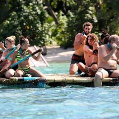 Kent helps to paddle Asaga's raft at the <i>Raft and the Furious</i> immunity challenge.