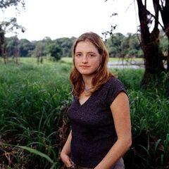 Christy's alternate cast photo.