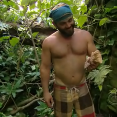 Russell finds the Hidden Immunity Idol