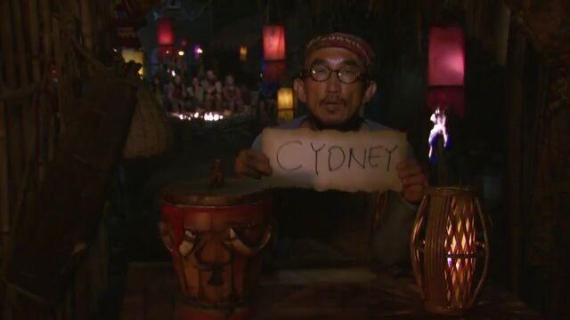 File:Tai votes cydney.jpg