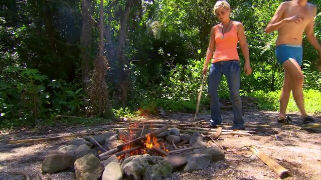 File:Survivor.s27e01.hdtv.x264-2hd 0660.jpg