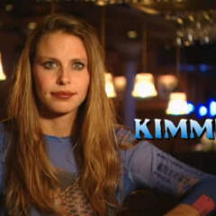 Kimmi is introduced to the show.