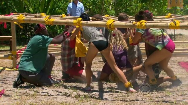 File:Survivor.s27e07.hdtv.x264-2hd 304.jpg