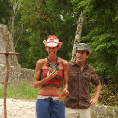 Danni wins her first individual Immunity Challenge.