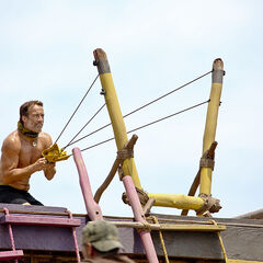 Savage competing in the fifth Immunity Challenge.