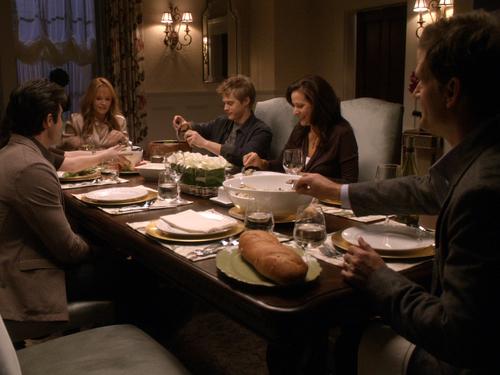 File:Dinner time.jpg